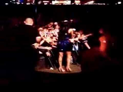 "Amy Winehouse Glastonbury 2008 ""Me & Mr Jones/Rehab"""