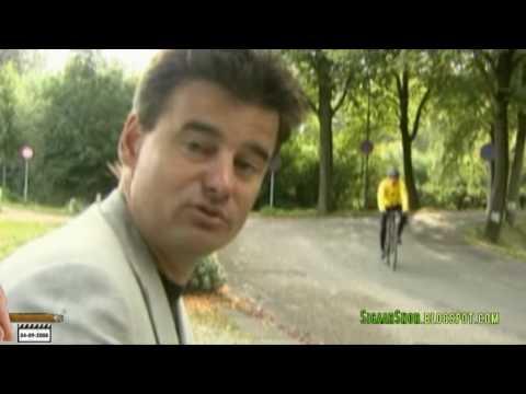 Johan Derksen op zijn wielrenfiets (Doordekken)