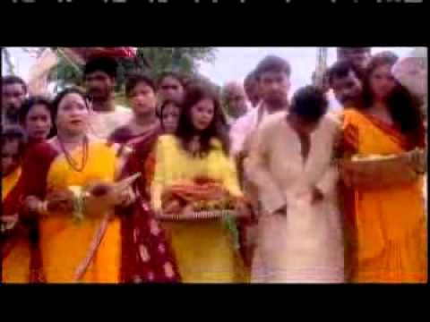 Chhathi Maiya Aai Na Duariya by Sharda Sinha as chhat geet.flv...