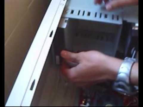 Montaje de un ordenador - Paso 5: Lector DVD