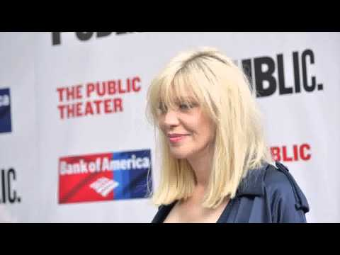 Courtney Love Has A Draft Of Her New Memoir, But It's 'A Nightmare'