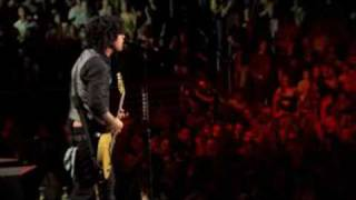 Клип Green Day - Know Your Enemy (live)
