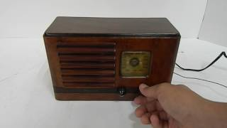 Beautifully Restored Emerson Radio Model AX-217