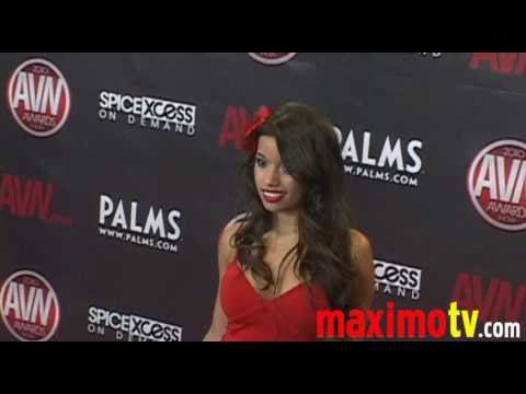 LUPE FUENTES and EVAN SEINFELD Arriving at 2010 AVN AWARDS SHOW Las Vegas January 9 Video