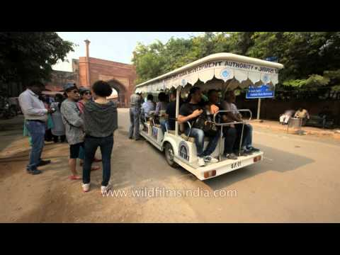 Battery operated eco-friendly vans for tourists near Taj Mahal