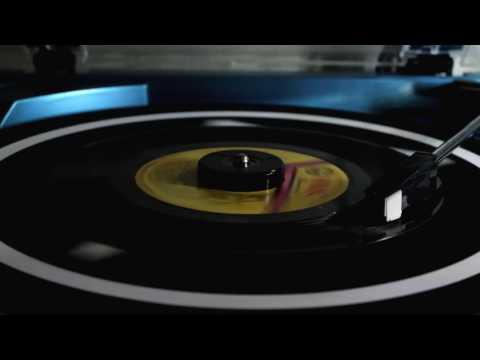 Voltes V Theme Song - Yatsude Saburo