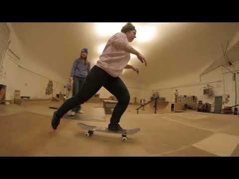 Fargo Skateboarding Indoor Skatepark: Girls Skate Night 12.10.17