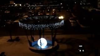 L5C dron za 4.990 Kč - druhý let nad světelnými girlandami vánočně ozdobené OC Fontána