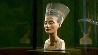 أكثر من مائة عام على اكتشاف تمثال رأس الملكة
