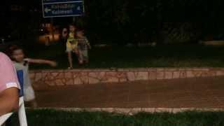 femijet duke u argetuar ne greqi...