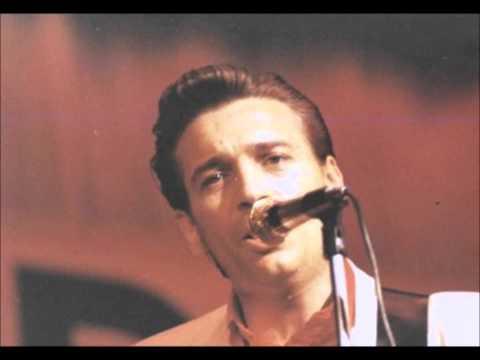 Waylon Jennings - Nashville Bum