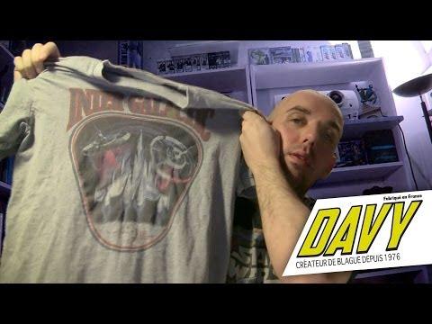DAVY – Un trou dans mon T-shirt.