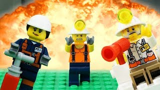 LEGO City Mining Fail STOP MOTION LEGO Explorer Discover Golden Nugget! | LEGO City | By LEGO Worlds