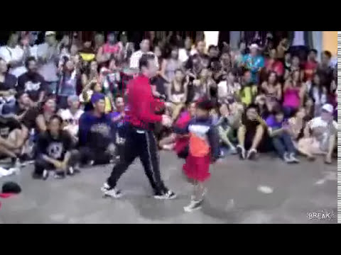 Niño baila Break Dance mejor que un Break Dancer Profesional