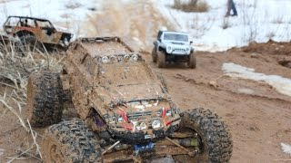 Axial Wraith, SCX 10 & Traxxas Summit in mud