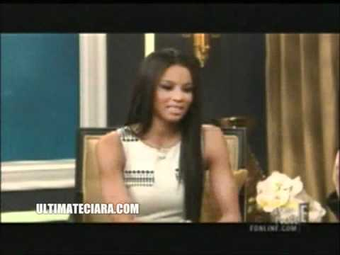 "Fashion Police : Ciara On Rihanna ""She wasn"