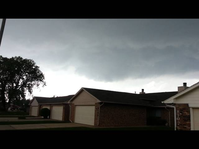 NW Oklahoma City May 19 2013 Pre-EF4  tornado