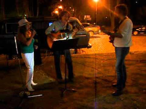 El Témpano - Jesús Amaya y Richard Coll, en las calles de Rosario...