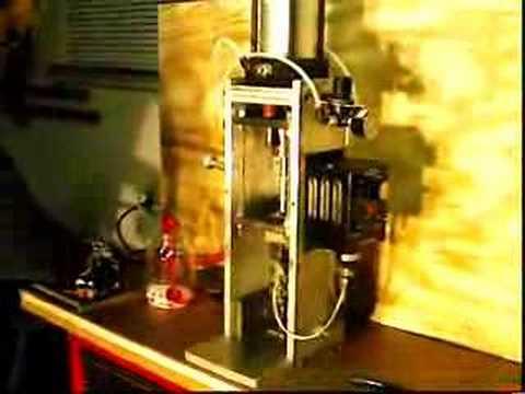 gingery injection molding machine