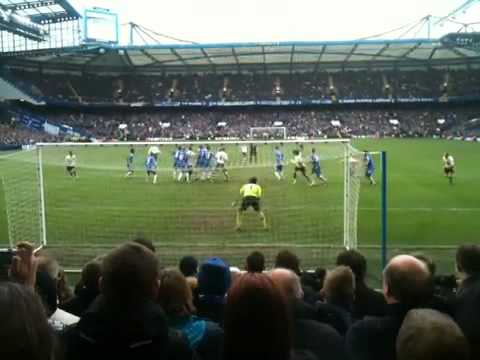 Leighton Baines equalises against Chelsea