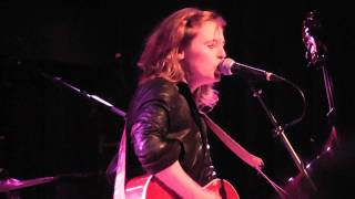 Watch Tift Merritt Feel Of The World video