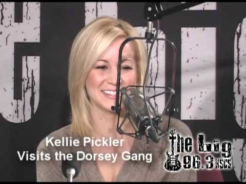 Kellie Pickler - On the 