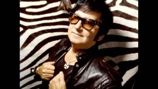 Watch Roy Orbison Domino video