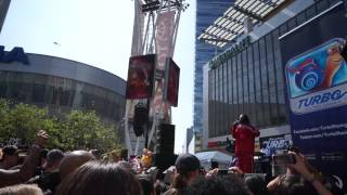 Snoop Dogg at E3 2013 (Turbo theme song) Dreamworks stage