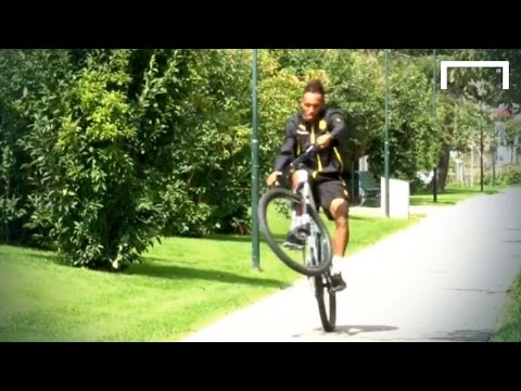 Aubameyang attempts to pop a wheelie
