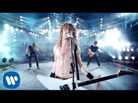 Airbourne - Too Much Too Yong Too Fast