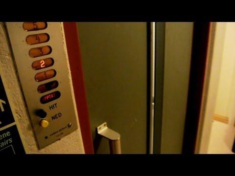 1950s Brødr. Reber (Schindler) single-speed traction elevator @ Drammen Sykehus, Drammen, Norway