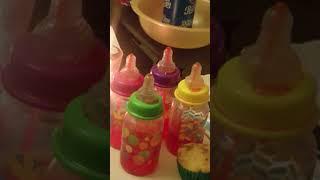 Kumanthong uống nước trái cây