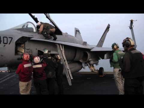 USS Carl Vinson (CVN 70) launches aircraft in support of strikes on ISIL