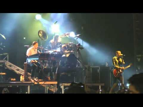 "Linkin Park ""A Thousand Suns Tour"" - Singapore 2011 Grand Prix"