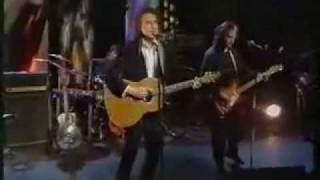 Watch Kinks Scattered video