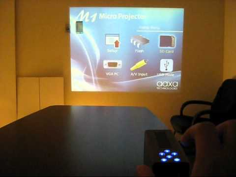 AAXA M1 micro projector as standalone Powerpoint player