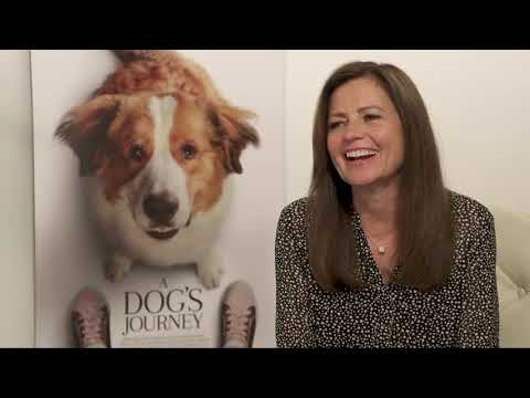 A Dog's Journey || Gail Mancuso Generic Junket Interview || #SocialNews.XYZ