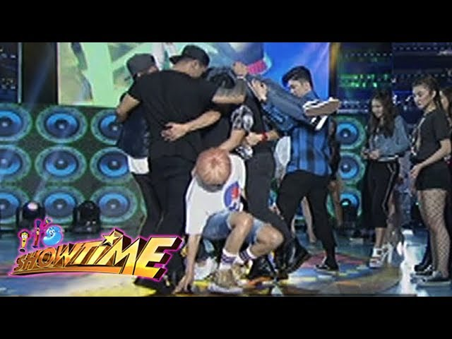 It's Showtime Cash-Ya: Never too old for a baby mat