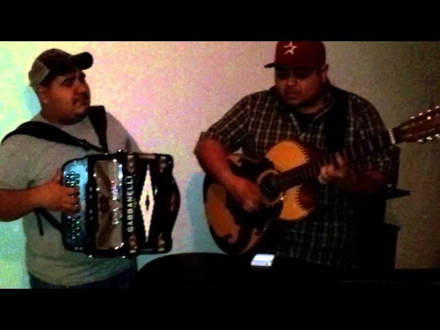 Cornelio Reyna- Me Moriria (Hector & Andy)