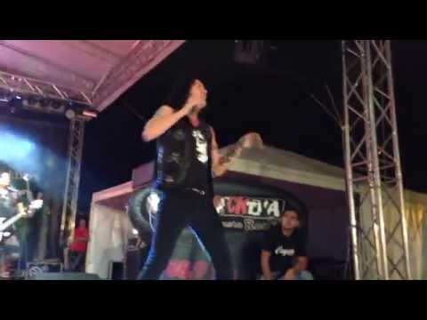 Quiet Riot - Mama Weer All Crazee Now (Live in Medellín)