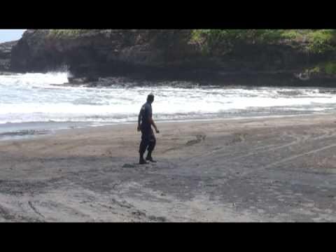 Dos jóvenes ahogadas en playa de la Libertad