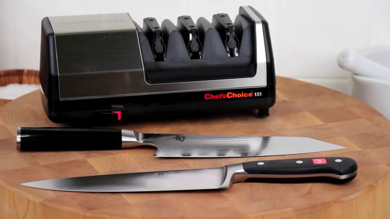best electric knife sharpener for all knives chef 39 schoice 151 youtube. Black Bedroom Furniture Sets. Home Design Ideas