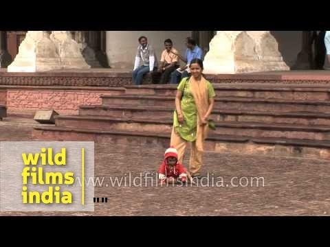 Visitors at Agra Fort - Uttar Pradesh