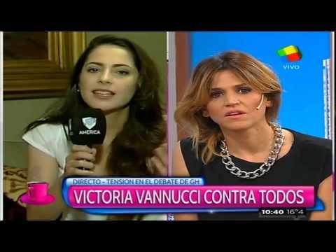 ¡Explosivo! Fuerte cruce entre Victoria Vannucci y María Freytes