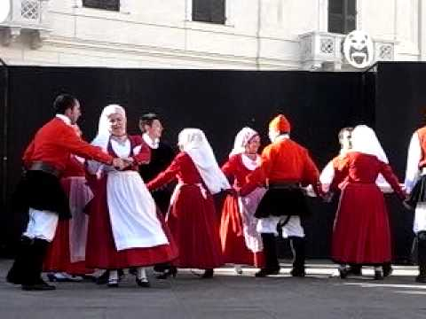 Cavalcata Sarda 2010 - Sassari - Concerto: gruppo folk Tathari di Sassari