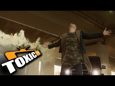 MC STOJAN - NAVUCEN NA TEBE (OFFICIAL VIDEO)