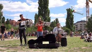 Street music in Mauer park Berlin (2018-07-15) - Modern Pop String Trio (Part7) - filmed by Nora