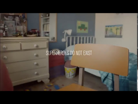 Publicidad en contra del maltrato infantil y el bullying.