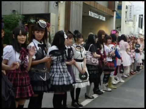 ★Japan Fashion Base★ Water Sprinkling Project in Harajuku!! Lolita-chans cool down Tokyo~