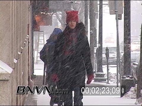 3/8/2004 Minneapolis, MN Heavy Snow Stock Video